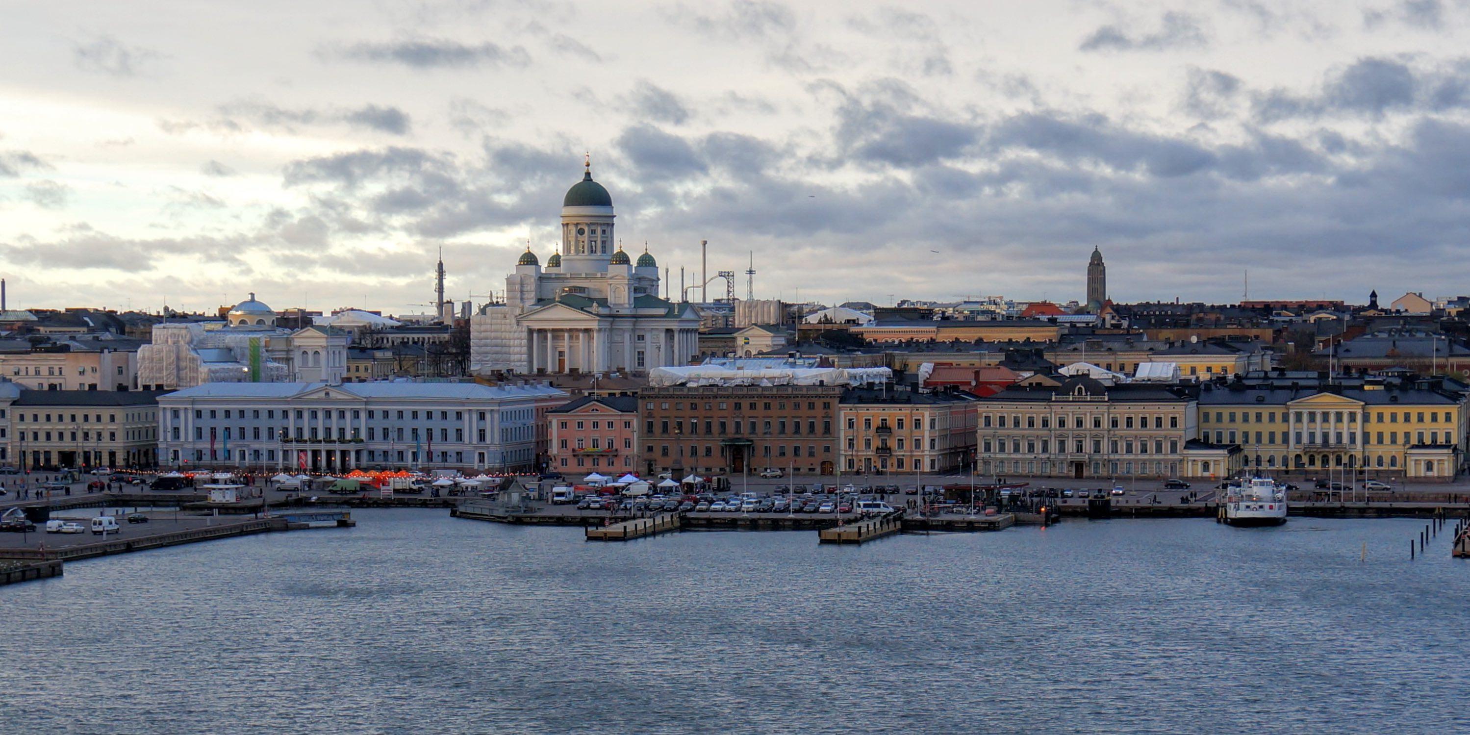 Pilsētas Helsinki fotoattēls
